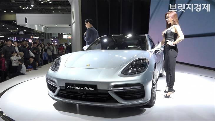 포르쉐 파나메라 터보·911 카레라 4 GTS, 감각적인 디자인 `눈길` (2017 서울모터쇼)