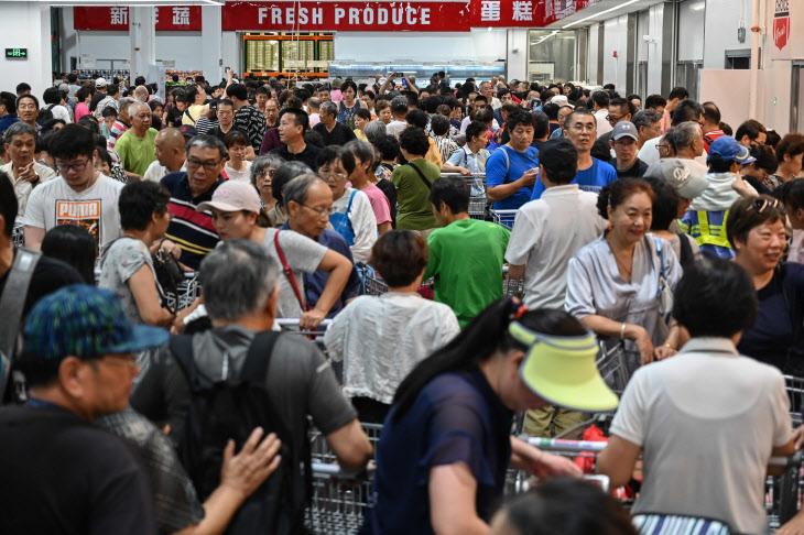 개장 첫날 붐비는 코스트코 중국 1호점