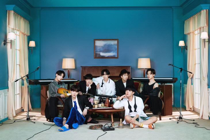 방탄소년단_BE (Deluxe Edition)_콘셉트 포토_단체 (1)