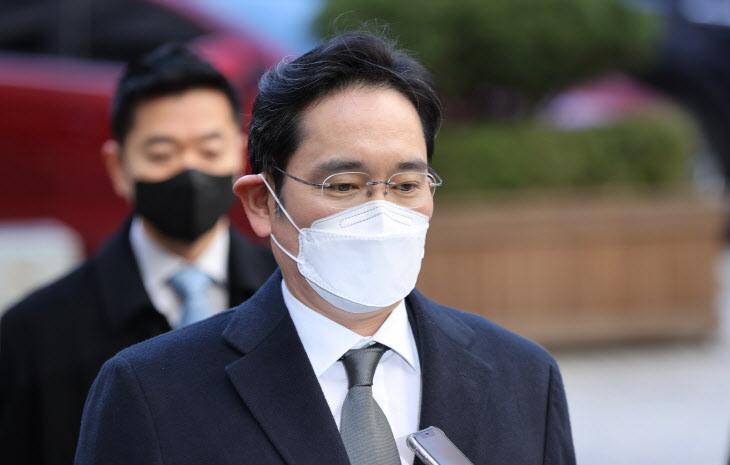 이재용, '국정농단 파기환송심' 공판 출석
