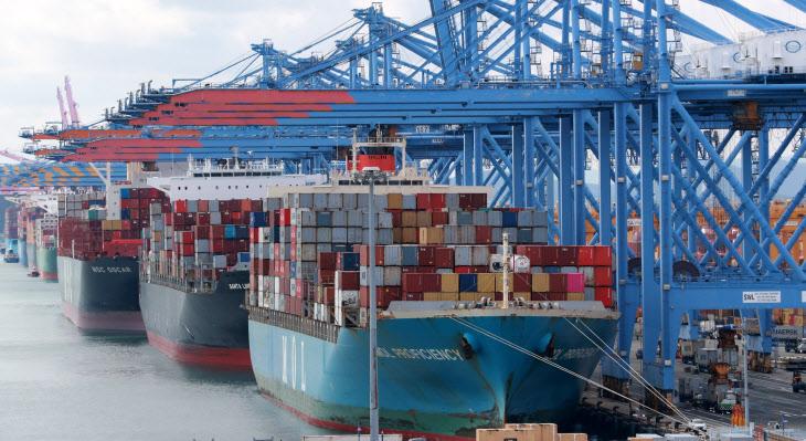 2월 수출 전년 대비 9.5% 증가