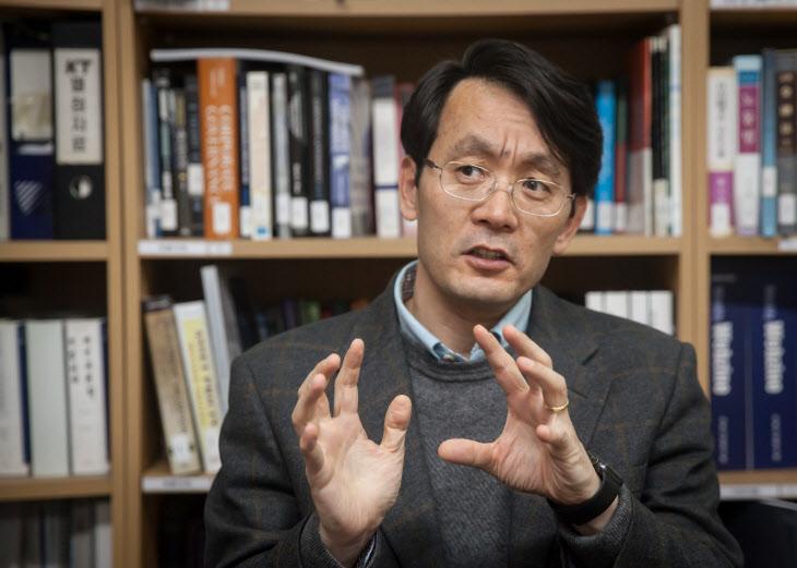 """[인터뷰] 오덕교 기업지배구조원 연구위원 """"ESG 공시로 기업·사회 균형발전 이뤄야"""""""